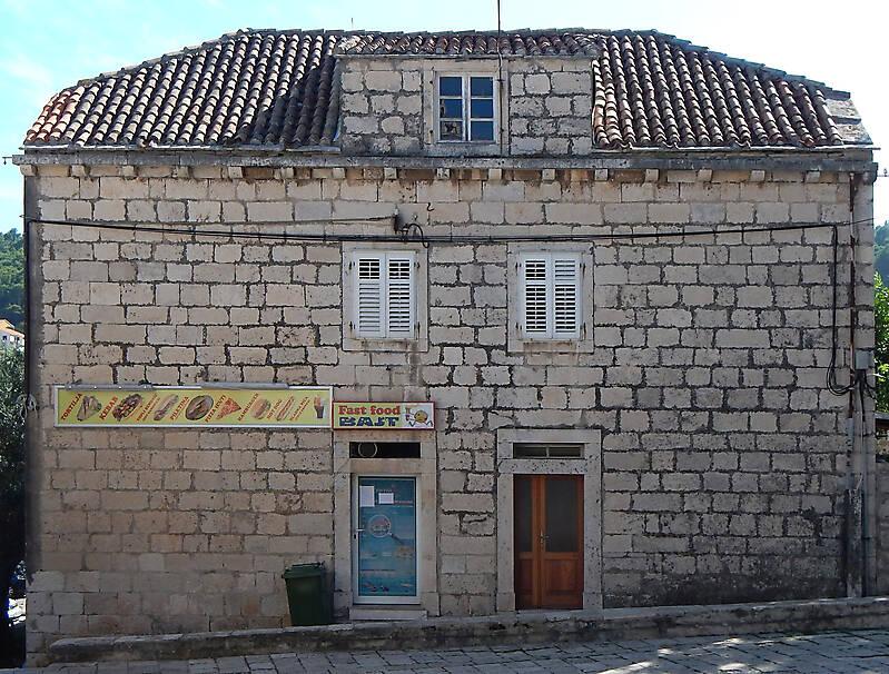 croatian little stone house 20