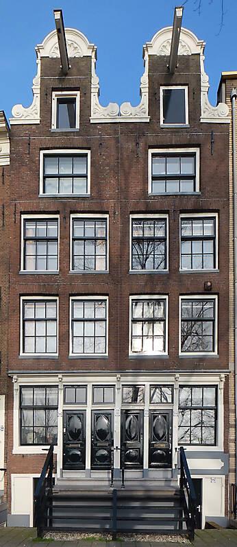 english red bricks building 9