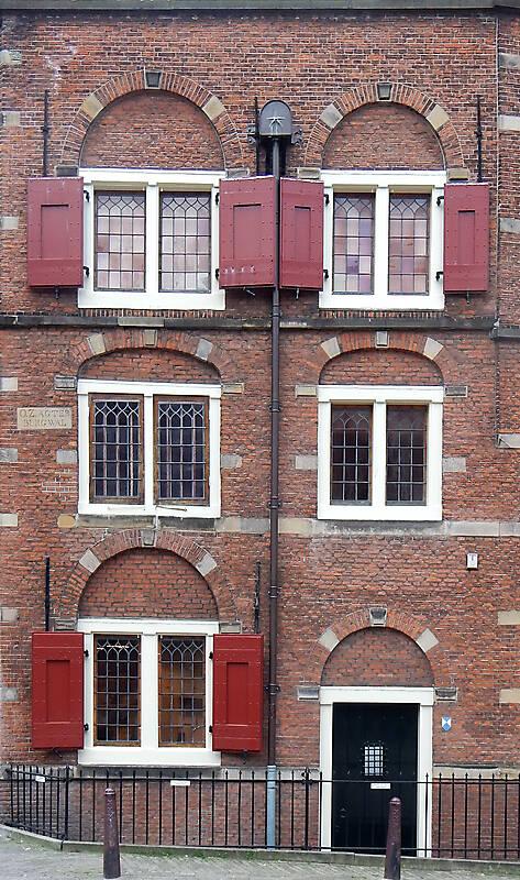 holland bricks building 17