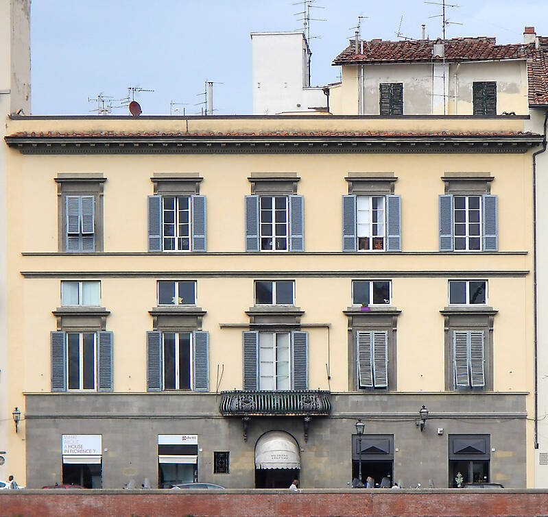old florence building yellow 8