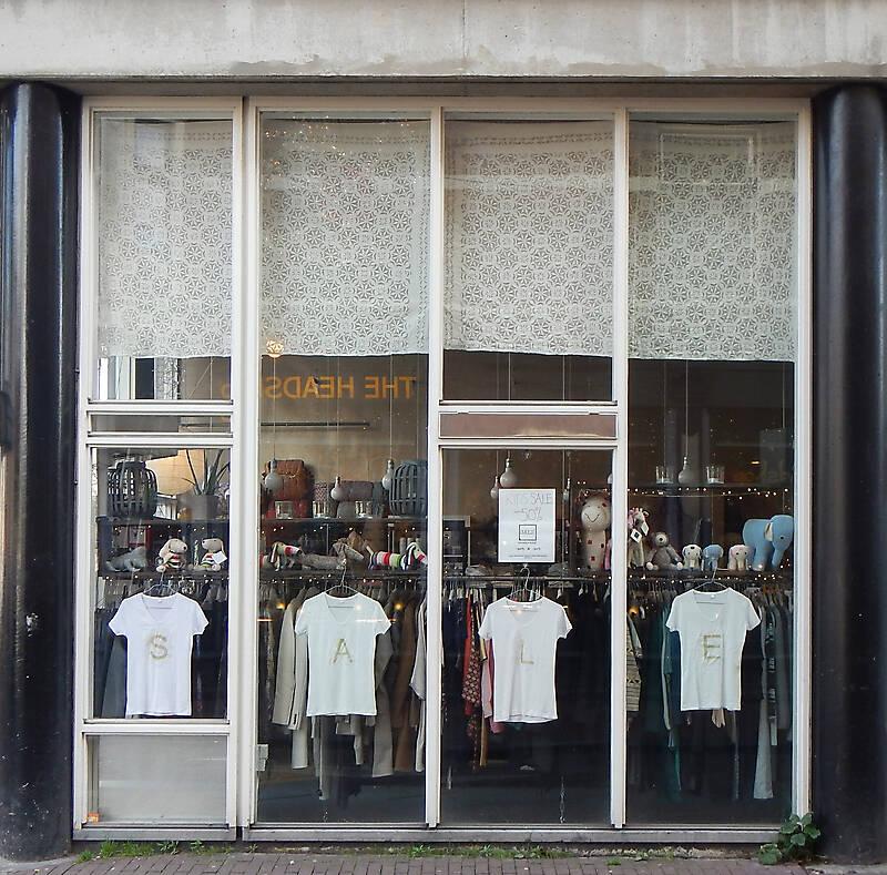 modern shop europe 3
