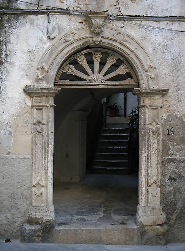 medieval old door2