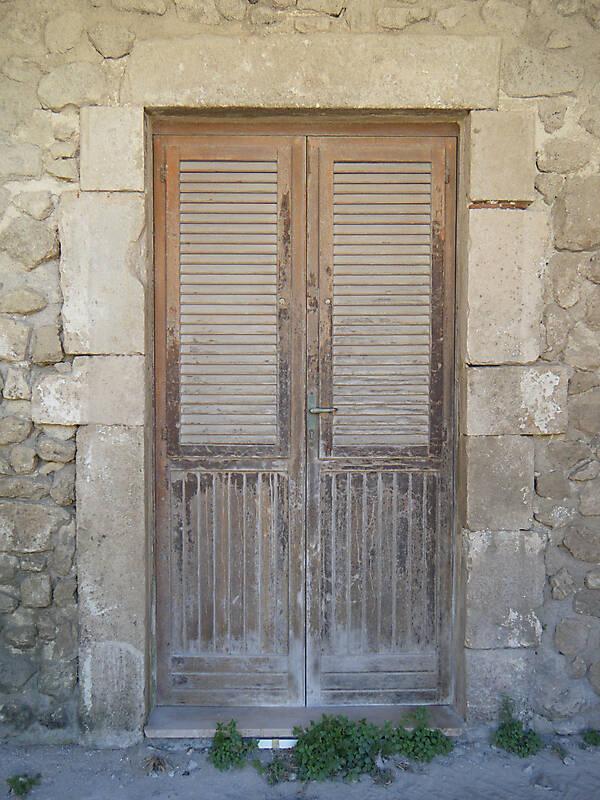 medieval old door9