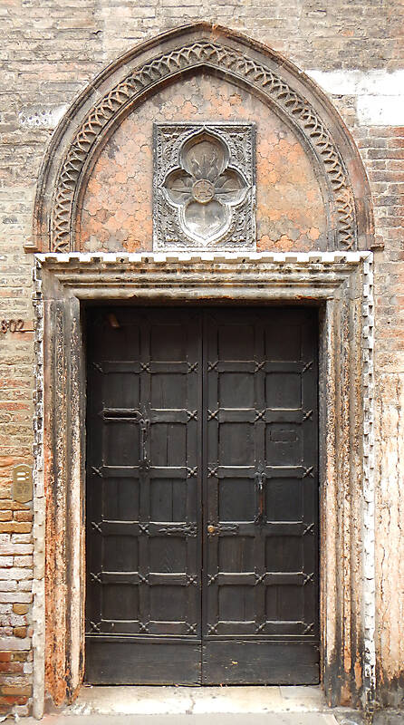 ornate wood door from venice 2