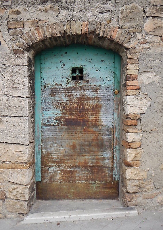 door medieval rusty year 1950