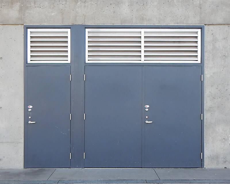 metal door blue