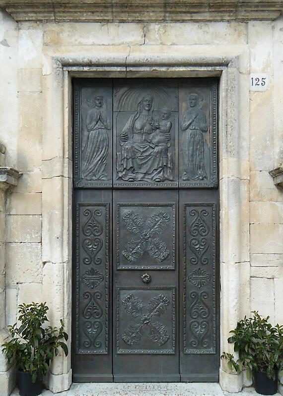 Old Steel Door : Texture old door rome downtown metal doors lugher