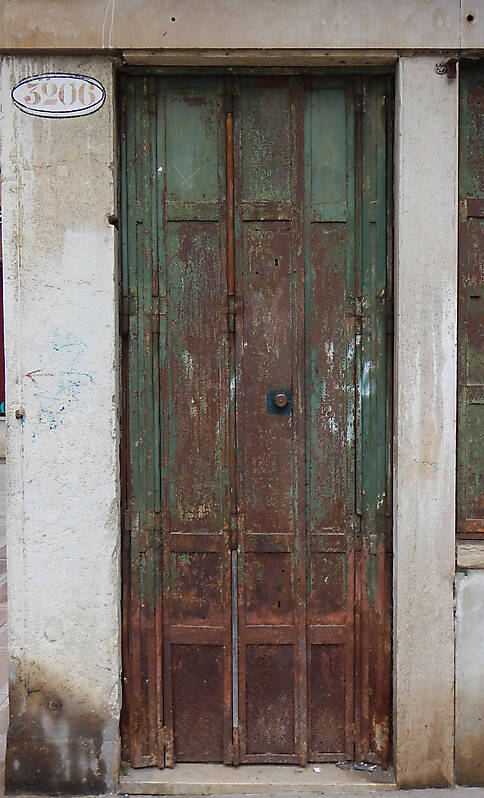 rusted metal door from venice 5