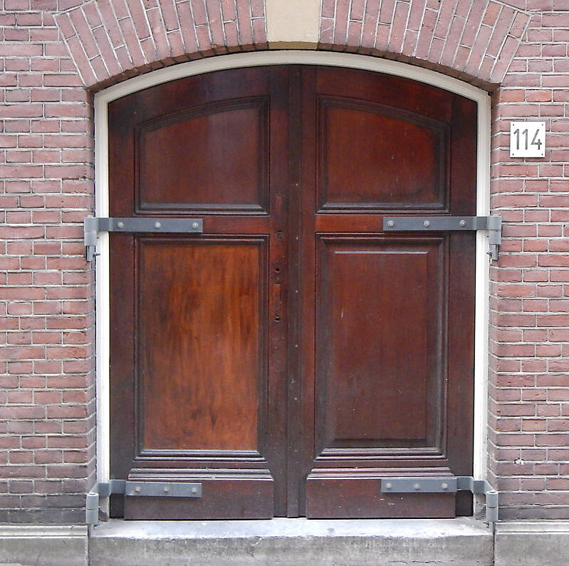 neoclassical wood door 29