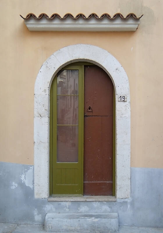 medieval old door3