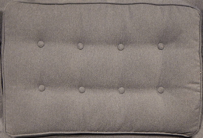 couch backrest with buttons 1