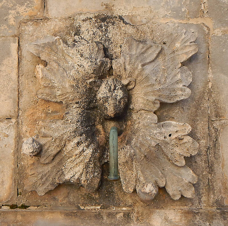 medieval fountain stone decoration 2