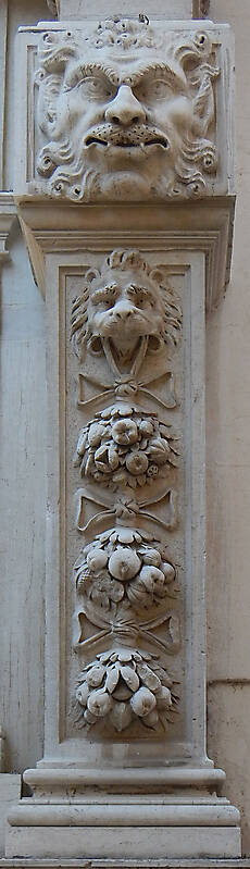 medieval stone ornament venice 27