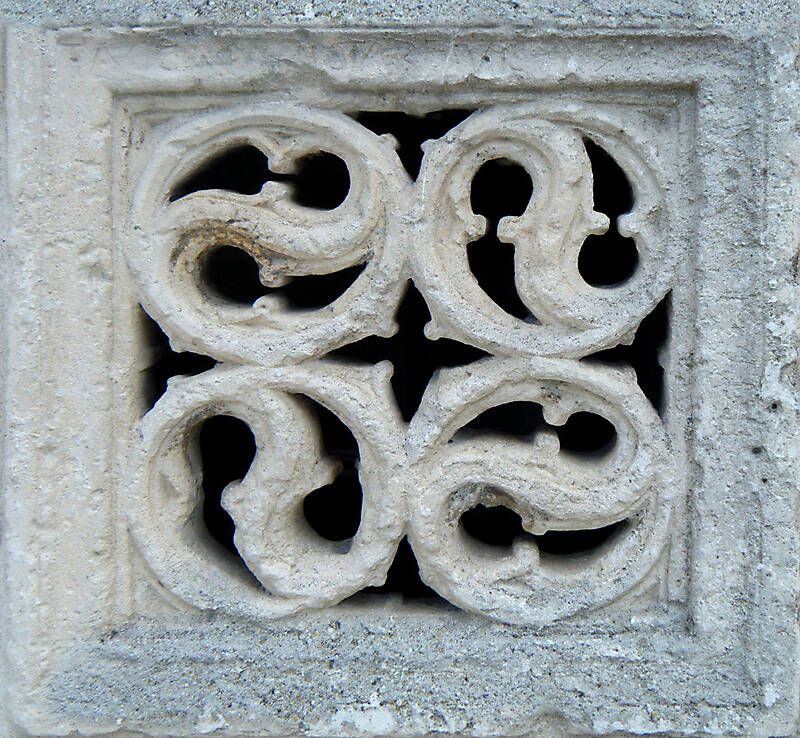 medieval_window