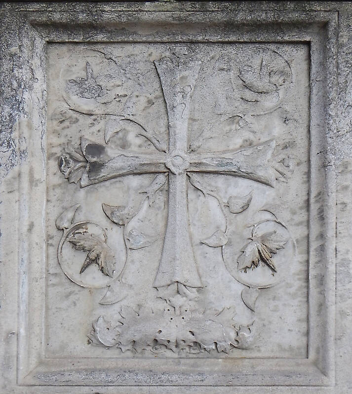old stone emblem from florence 21