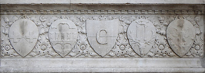 old stone emblem from florence 4