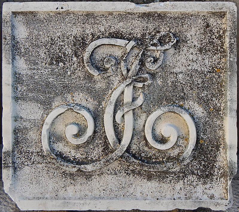 stone emblem 53