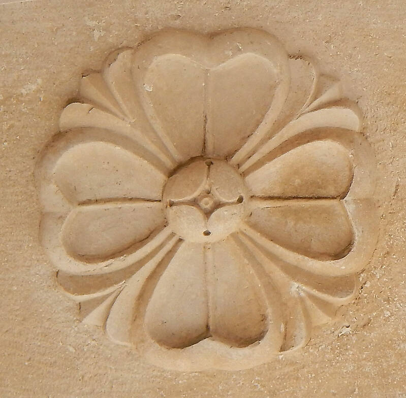 stone ornament flower 1