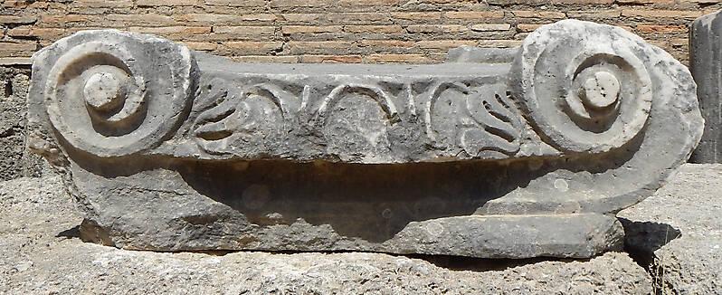 greek stone pillar capital 1