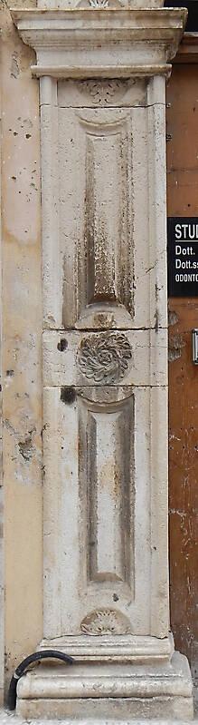 Textured Stone Pillar : Texture stone pillar square pillars lugher