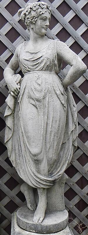 italian statue woman 2
