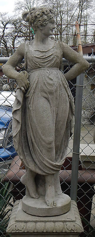 italian statue woman 4