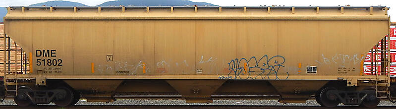 train wagon rusty 4