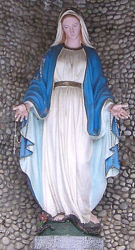 madonna statue 4