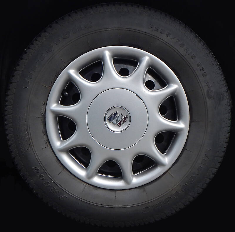 buick tire and rim
