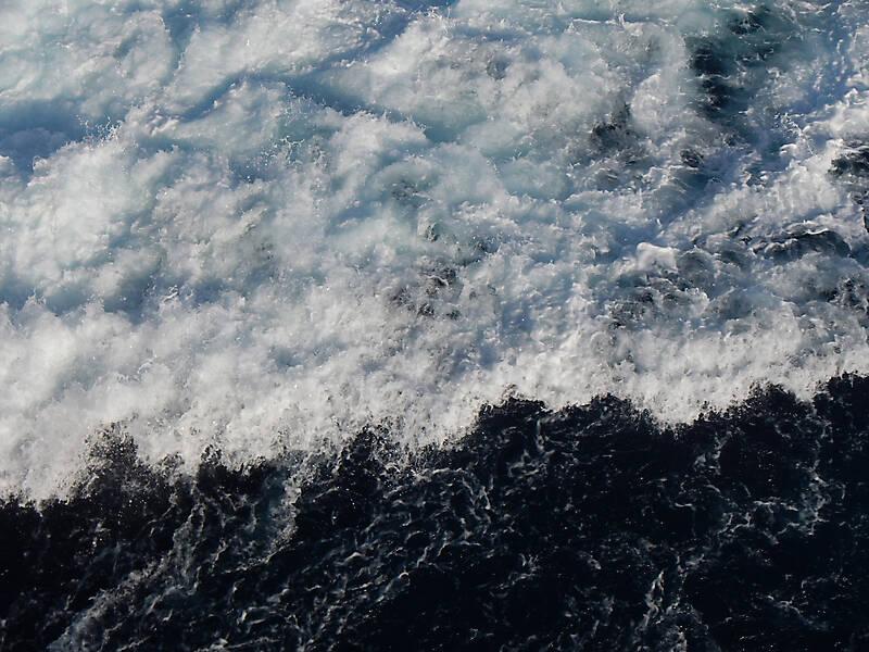sea water foam 6
