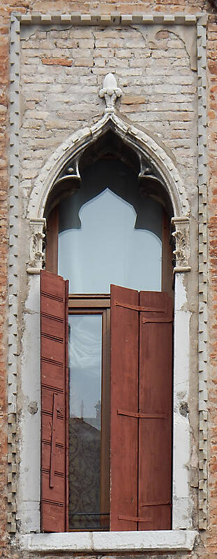 old window from venice 4