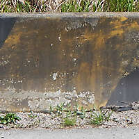 concrete block yellow 1