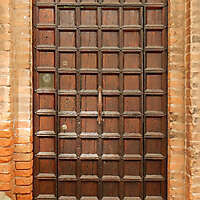 ornate wood door from venice 11