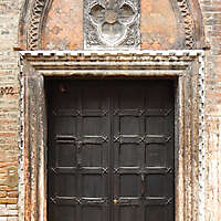 ornate wood door from venice 2