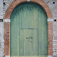 door old green