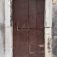 wooden door from venice 18