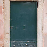 wooden door from venice 21