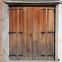 wooden door from venice 32