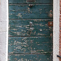 wooden door from venice 31