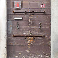 wooden door from venice 4