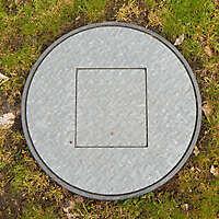 Galvanized round manhole 1