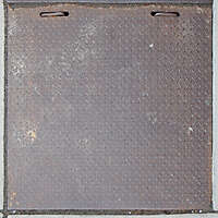 manhole rusty tread plate 1