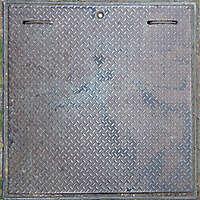 manhole rusty tread plate 3