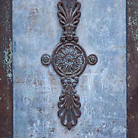 rusty emblem decoration 1