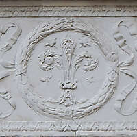 old stone ornaments florence 1700 7