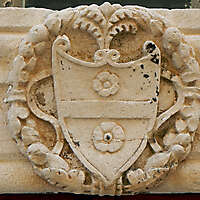 stone emblem decoration 68