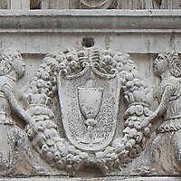 venice stone ornament