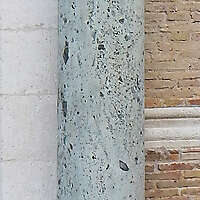 marble pillar with capitals 1
