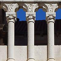 stone column balcony