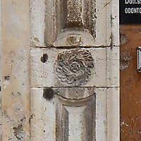 stone pillar square 4